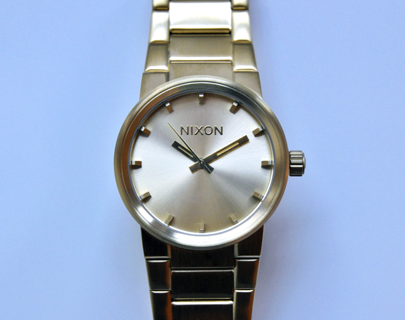 nixon-gold-watch