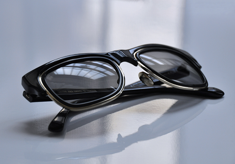 retro-frame-mens-sunglasses